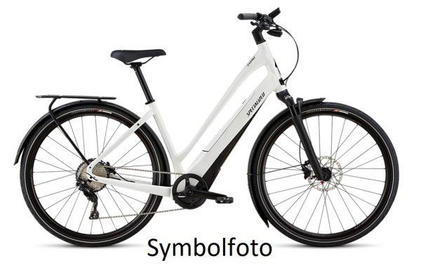 Specialized E-Trekkingbike